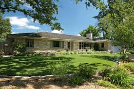 images about Ranch Houses on Pinterest   Ranch house       images about Ranch Houses on Pinterest   Ranch house landscaping  Ranch style homes and Ranch homes