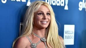 Самые новые твиты от britney spears (@britneyspears): Britney Spears Early Birthday Hawaiian Vacay Cnn