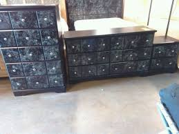 set dresser used 4 pc queen set dresser chest nightstand and head board for