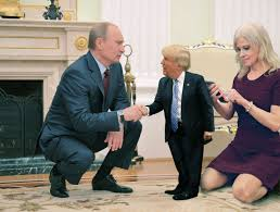 Meeting Daddy with Kellyanne TinyTrumps