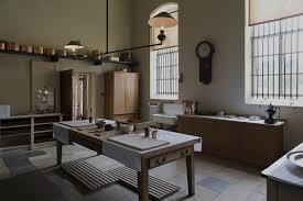 Victorian Kitchen Floors Design800628 Victorian Kitchen Design Victorian Kitchens