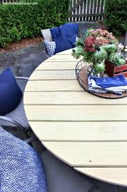 diy round outdoor dining table with