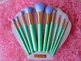 spectrum brushes. spectrum glam clam review brushes w