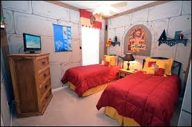 turn your room into the hogwarts