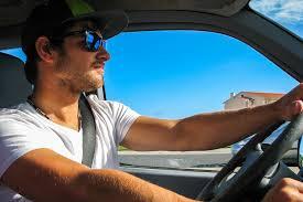 「車を運転する 写真」の画像検索結果