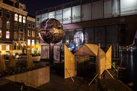 Amsterdam S Alley Of Light Serge Schoemaker Architects Digiluce