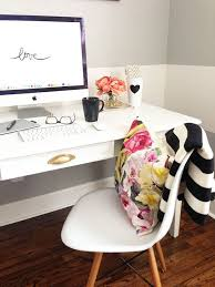 chic office space. Chic Office With Bright Light Space D