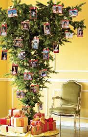 designer holiday decorating living room ideas green yellow - Yellow  Christmas Tree