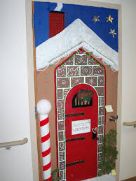 3d christmas door decorating contest winners. Cottonwood Chronicle Online Edition, January 1, 2009 3d Christmas Door Decorating Contest Winners S