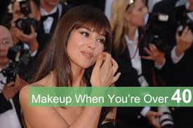 it s possible to have gorgeous skin after 40 but if you are using the same skin care routine that you used in your 20s you re missing out read t