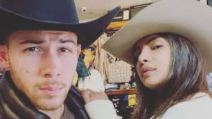 Nick jonas had his fair share of hollywood hookups before he married his wife, priyanka chopra, in december 2018. Priyanka Chopra Pushes Nick Jonas Out Of Car During Tense Argument In London Know The Truth
