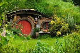 How To Build A Hobbit House Crystals Exclusive Dinner At The Hobbiton Movie Set In New