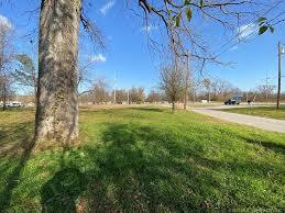6202 W Charles Page Blvd, Tulsa, OK, 74127 | realtor.com®