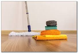 what to use to clean vinyl tile floors