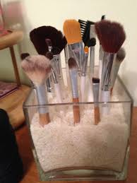 diy makeup brush holder i put rice but you can use any type of vase filler