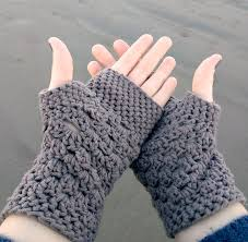 Chunky Yarn Crochet Patterns Stunning Chunky Fingerless Gloves Free Crochet Pattern Db48