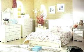 marvelous country bedroom ideas on a budget country living room decorating ideas on a budget