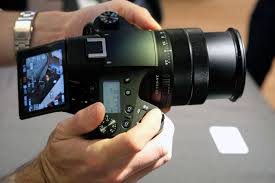 sony rx10 iv. it also captures uhd 4k 24p/30p video with phase detection autofocus, taken from oversampled capture for high detail levels. can shoot 1080p footage sony rx10 iv c