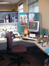 how to decorate office table. Charming Office Designs Crowded Cubicle Decoration Computer Set Inspirations Decorate Desk Ideas How To Table