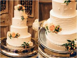 Decorating A Wedding Cake With Fresh Flowers Drawing 21