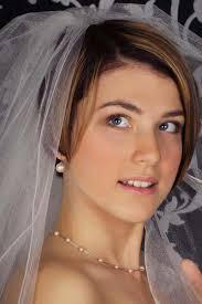 Coiffure De Mariage élégant Pour Les Cheveux Courts Avec Un