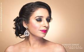 priya verma is a professional makeup artist hair stylist she specializes in bridal beauty red carpet glamour fashion personal makeup almost all genres