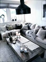 what color area rug with charcoal gray couch for grey at home arty room decor living area rug with dark gray couch