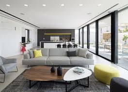 Gelbe Und Graue Möbel Babyzimmer Deavita Möbel In Grau Sitzbereichsofahockergelbschwarz Möbel Grau Weiß Und Schwarz Für Eine Minimalistische Einrichtung