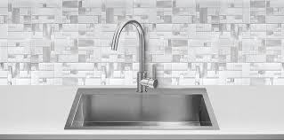 Modern White Quartz Countertop Glass Metal Kitchen Backsplash Tile