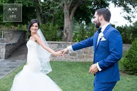 love and rain graydon hall manor toronto wedding photographer