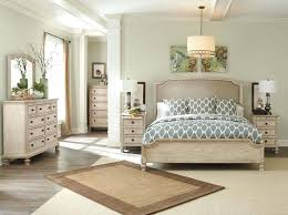 Rustic White Bedroom Furniture Rustic Queen Bedroom Sets With ...