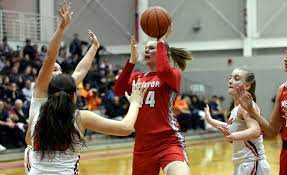Mentor's Brooke Hickman posts up at Southeastern | Mentor | OhioVarsity.com