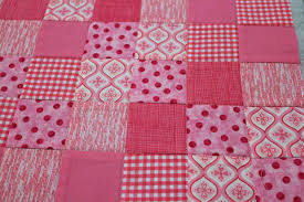 Machine Quilting Patterns for Beginners: Stitch in the Ditch & More & 4. Stitch in the ditch Adamdwight.com