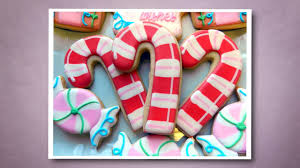How To Decorate A Cane How to Decorate a Candy Cane Cookie YouTube 52