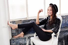 http pics.wikifeet Alicia Vikander Feet 1282395.jpg.