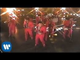 <b>Bruno Mars</b> - Locked Out Of Heaven (Official Video) - YouTube