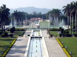 pinjore gardens chandigarh know about this tourist place
