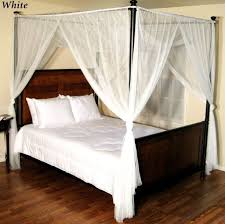 Bedroom Design: Vintage Full Size Canopy Bed With Mosquito Net ...