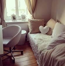 Home Accessory Cream Pillow Heart Throw Fur Chair Decor  Dorm Room Chic Boho  Wheretoget Fur Chair U9