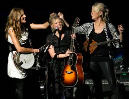 Emily Robison Ruined For Anti War Opinion Dixie Chicks To Return To Mn