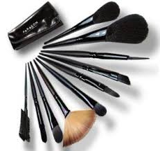 after every use top 10 tips for cleaning your makeup brushes 12 makeup brushes you should