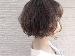 軽やかで大人可愛いショートレイヤーボブのヘアカタ Hair
