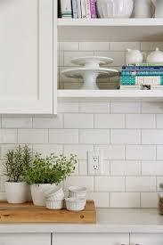 white kitchen tiles with white grout
