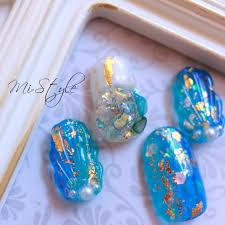 Mieko Hiramatsuさんのネイルデザイン 人気ネイル人魚の鱗ブルー