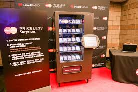 Chanel Vending Machine Awesome The IHeartRadio Music Festival MasterCard Enticed Cardholders To