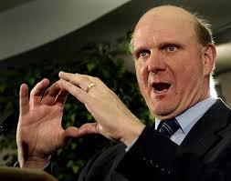Geldregen für den Microsoft-Chef Steve Ballmer: er hat mit Aktienverkäufen ...