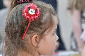 フリー写真画像 子 髪型 縦方向 かわいい女の子 横から見た図 顔