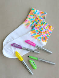 faux tie dye sock project using permanent markers artchoo com