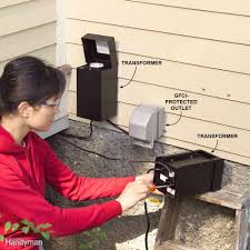 How To Install Low Voltage Lighting Transformer Diy Outdoor Lighting Tips For Beginners Low Voltage