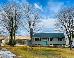 107 silver circle barre town vt 05641 mls id 4746345 better homes and gardens real estate the masiello group
